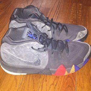 Men's Nike Kyrie 4 - Size 12